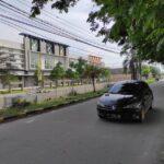 Ruko Tampak Depan dari Jalan Raya Kembar Medokan , Ruko Rivera, Medokan Ayu, Rungkut, OERR, Surabaya