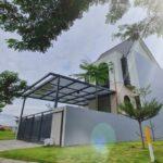 Rumah Minimalis 2 Lantai, Farmington di Boulevard perumahan Grand Harvest, Surabaya